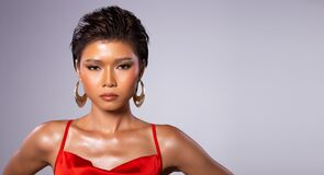 Free Asian Woman Short Hair Wear Red Gown Dress Stock Photography - 184849202