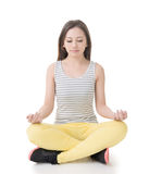 Asian woman in yoga pose Stock Photography