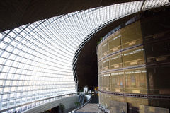 Asiat Kina, Peking, modern arkitektur, teatern för nationell tusen dollar Fotografering för Bildbyråer
