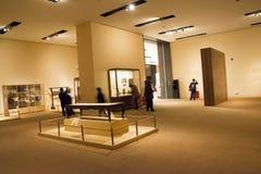 Asiat Kina, Peking, nationellt museum, mässhallen, antikt wood möblemang Fotografering för Bildbyråer
