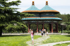 Asiat Kina, Peking, Tiantan, bicyclic Wanshou paviljong Royaltyfri Fotografi