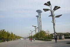 Asiatet Kina, Peking som är olympisk parkerar, watchtoweren Royaltyfri Bild