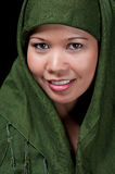 asiatic islamisk le kvinna arkivbild