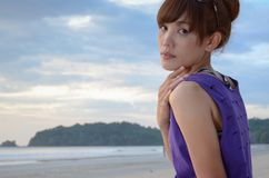 Asiatin haben Sommersprossen auf Gesicht Stockfoto