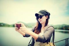 Asiatin selfie Lizenzfreie Stockfotos