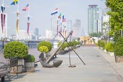 Asiatique берег реки в городе Бангкока Стоковые Изображения