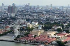 Asiatique la façade d'une rivière dans la ville de Bangkok Image stock