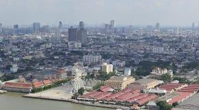 Asiatique la façade d'une rivière dans la ville de Bangkok photo libre de droits