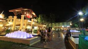 Asiatique Riverfront met fontein Stock Afbeelding