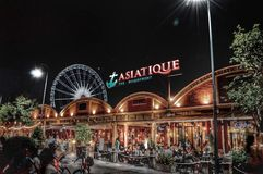ASIATIQUE riverfronten Royaltyfri Foto