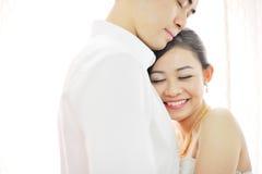 Asiatische chinesische Hochzeitspaare stockbild