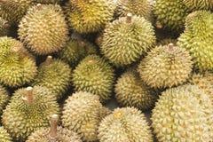 Asiatische Durianfrucht in kep Kambodscha-Markt lizenzfreies stockbild
