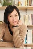 Asiatische fällige Frau Lizenzfreie Stockbilder