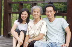 Asiatische Familie Lizenzfreie Stockfotos