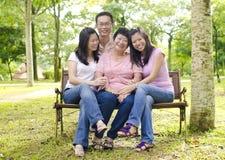Asiatische Familie Stockbilder