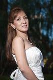 Asiatische Frauenbraut der schönen Vierziger Stockbilder