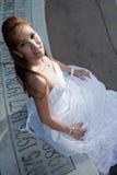 Asiatische Frauenbraut der schönen Vierziger Stockfotografie
