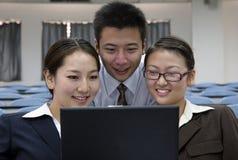 Asiatische Geschäftsleute Stockfoto