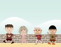Asiatische glückliche Kinder, die zusammen spielen Stockbild