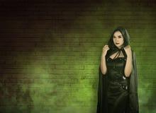 Asiatische Hexenfrau Stockfotografie
