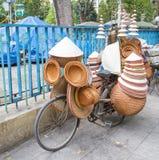 Asiatische konische Hüte lizenzfreies stockfoto