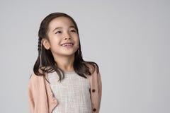 Asiatische Mädchenatelieraufnahme Lizenzfreie Stockfotos