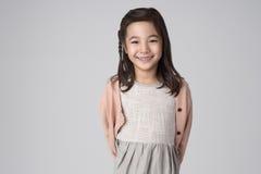 Asiatische Mädchenatelieraufnahme Lizenzfreies Stockfoto
