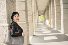 Asiatische reife Frau stockbild