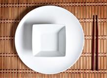 Asiatische Tabelleneinstellung Lizenzfreies Stockfoto