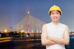 Asiatische Technik mit Brücke Bangkoks Rama 8 Lizenzfreie Stockbilder