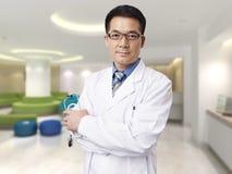 Asiatischer Doktor Lizenzfreie Stockbilder