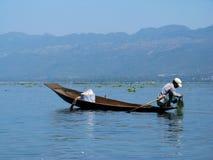 Asiatischer Fischer   Lizenzfreie Stockfotos