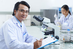 Asiatischer Forscher Lizenzfreie Stockbilder