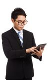 Asiatischer GeschäftsmannTouch Screen des Tablet-PCs Lizenzfreie Stockbilder