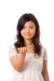 Asiatischer Jugendlicher im Weiß Lizenzfreie Stockfotografie