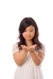 Asiatischer Jugendlicher im Weiß Lizenzfreie Stockfotos