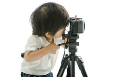 Asiatischer Junge des Babys mit cameera lizenzfreie stockfotos