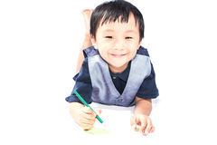 Asiatischer Junge mit einem Lächeln Stockbild