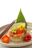 Asiatischer Meerestieraperitif mit Frischgemüse Stockfoto