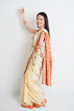 Asiatisches indisches Mädchentanzen Lizenzfreie Stockfotografie