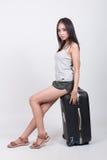 Asiatisches Mädchen im Reisekonzept lizenzfreies stockfoto