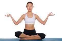 Asiatisches Meditieren in Lotussitz lizenzfreie stockfotografie