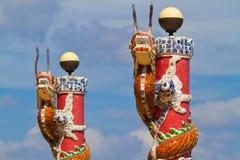 Asiatisk drakeskulptur Arkivbild