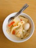 Asiatisk etnisk maträtt, lontong Arkivbild