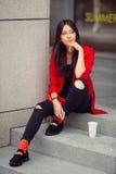 asiatisk för affär kvinna utomhus arkivfoto