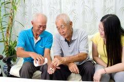 asiatisk familj Arkivfoto