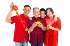 asiatisk familj fotografering för bildbyråer