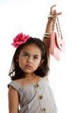 asiatisk flicka henne holdinghandväska arkivfoton