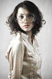 Asiatisk flicka med gammala exponeringsglas 10 Arkivbild