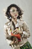 Asiatisk flicka med gammala exponeringsglas 20 Arkivbild